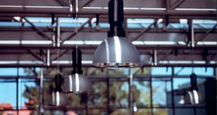 Få den rigtige lyssætning i privatboligen eller virksomheden med flotte lamper i dansk design