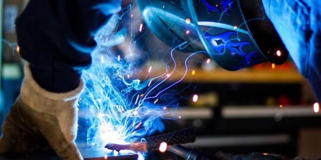 Fede og skræddersyede løsninger i metal får din virksomhed til at skille sig ud