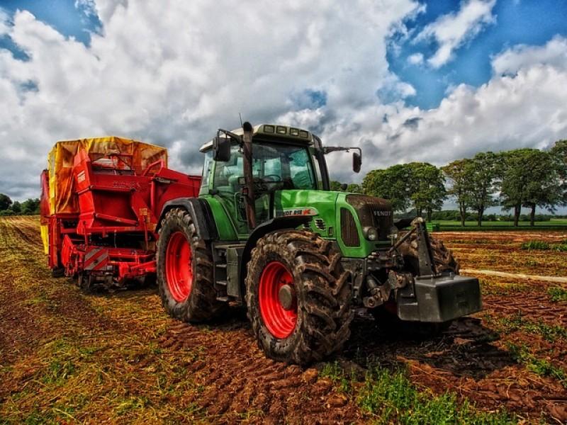 Reservedele traktor.jpg