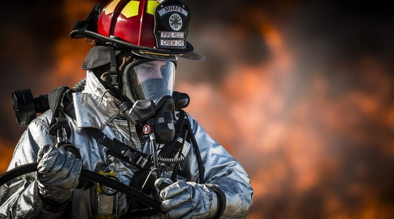 firefighter-752540_1280.jpg